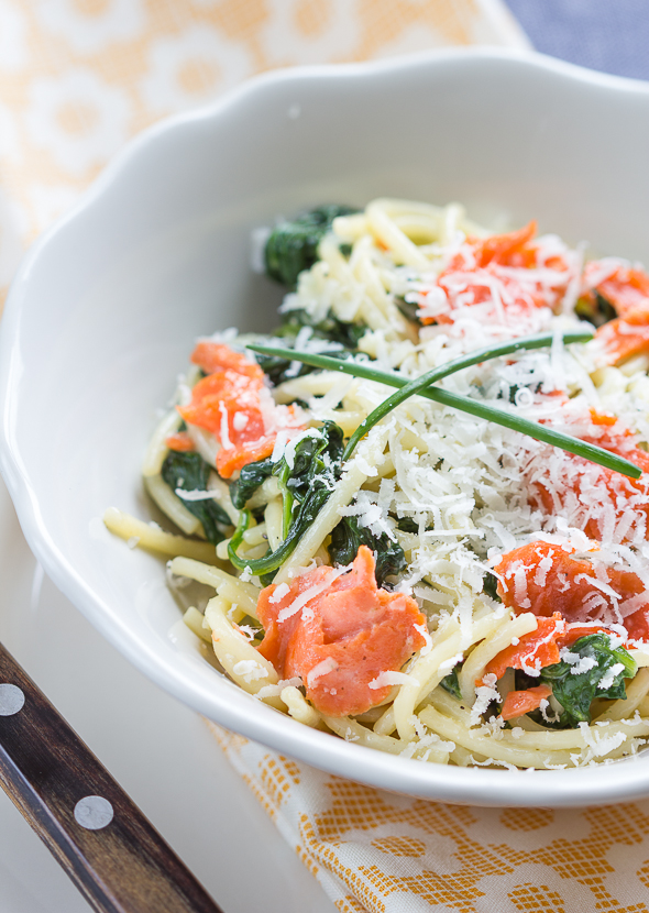 Quick Creamy Salmon and Spinach Pasta